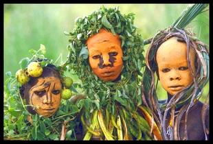 Pintura corporal de uma tribo do continente africano.